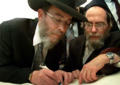 Rabbi-Shlomo-Gotttesman-min-900x600